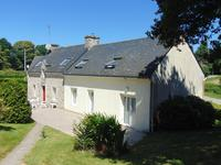 French property for sale in MELRAND, Morbihan - €240,750 - photo 2