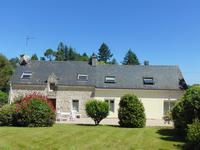 French property for sale in MELRAND, Morbihan - €240,750 - photo 1