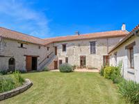 French property for sale in BRAYE SOUS FAYE, Indre et Loire - €254,660 - photo 2