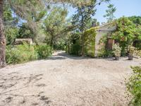 French property, houses and homes for sale in La Roque d Antheron Bouches_du_Rhone Provence_Cote_d_Azur