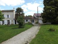houses and homes for sale inBRIOUX SUR BOUTONNEDeux_Sevres Poitou_Charentes