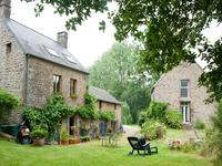 French property, houses and homes for sale inCOUESMES VAUCEMayenne Pays_de_la_Loire