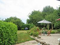 French property for sale in Chatillon Sur Colmont, Mayenne - €126,000 - photo 4