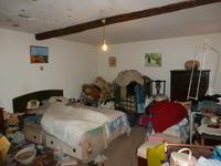 French property for sale in CRUZY, Herault - €50,000 - photo 5