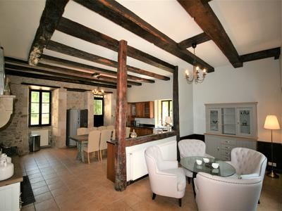 Beautiful 15th century five bedroom château & adjoining three bedroom gîte; renovated to a high standard; swimming pool; 2ha garden; near golf course.