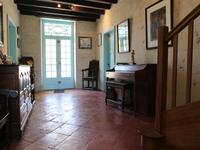 French property for sale in ST DIZANT DU GUA, Charente Maritime - €298,000 - photo 3