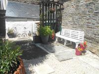 Maison de bourg 3-pièces en très bon état avec jardin et cour – pas de travaux à prévoir. Vous n'avez qu'à poser vos valises !