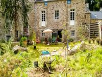 French property, houses and homes for sale inST SAUVEURFinistere Brittany