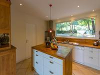 French property for sale in BAGNOLS EN FORET, Var - €630,000 - photo 5