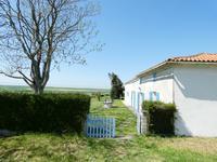 Maison à vendre à FLOIRAC en Charente Maritime - photo 7