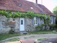 French property, houses and homes for sale inTREIGNATAllier Auvergne