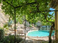 French property for sale in SEGURET, Vaucluse - €675,000 - photo 4