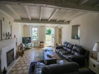 French property for sale in ST GEORGES DES AGOUTS, Charente Maritime - €120,000 - photo 2