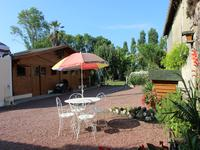 French property for sale in LA LANDE DE FRONSAC, Gironde - €299,000 - photo 9