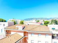 French property for sale in JUAN LES PINS, Alpes Maritimes - €499,000 - photo 4