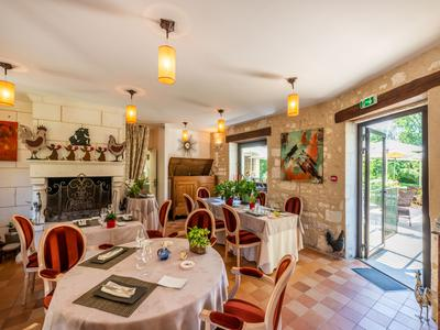 Boutique hotel set in parkland of over 3 hectares in Brantome.