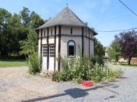 French property for sale in MARTIGNE SUR MAYENNE, Mayenne - €968,500 - photo 10