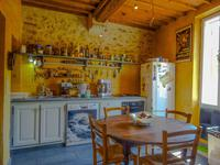 French property for sale in ST MARTIN DE LA BRASQUE, Vaucluse - €350,000 - photo 6