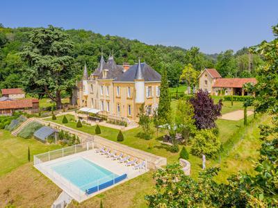 chateauin CALVIAC