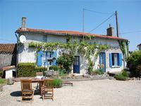 French property, houses and homes for sale inCHANTELOUPDeux_Sevres Poitou_Charentes