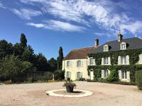 French property, houses and homes for sale inPUTANGES PONT ECREPINOrne Normandy
