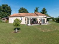 houses and homes for sale inBUSSEROLLESDordogne Aquitaine
