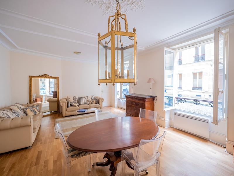Appartement 3 pièces à vendre à PARIS XVII (75017) -  Paris