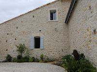 French property, houses and homes for sale in BRAUD ET ST LOUIS Gironde Aquitaine