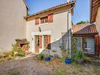 Maison de 2 chambres, située dans un petit hameau, 5 minutes à St Jean de Cole