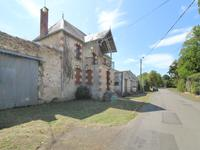 houses and homes for sale inSTE VERGEDeux_Sevres Poitou_Charentes