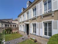 French property, houses and homes for sale inCHATEAU DU LOIRSarthe Pays_de_la_Loire