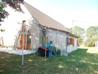 French property for sale in LOYE SUR ARNON, Cher - €162,410 - photo 6