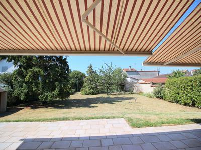 5 bedroom house in St Maur des Fossés near Paris via RER A (13 minutes), terraces, nanny flat, garage