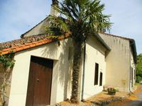 French property for sale in LES ALLEUDS, Deux Sevres - €124,999 - photo 8