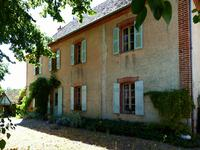 French property, houses and homes for sale inST POURCAIN SUR SIOULEAllier Auvergne
