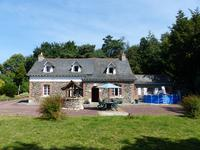 French property for sale in MOHON, Morbihan - €296,800 - photo 1