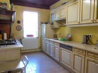 French property for sale in BAZAS, Gironde - €224,700 - photo 2