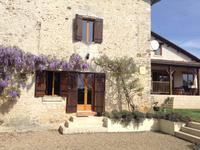houses and homes for sale inQUINSACDordogne Aquitaine