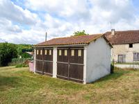 French property, houses and homes for sale inAIGNES ET PUYPEROUXCharente Poitou_Charentes