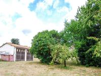 French property for sale in AIGNES ET PUYPEROUX, Charente - €18,000 - photo 2