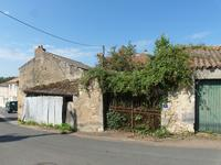 French property for sale in LOUIN, Deux Sevres - €25,000 - photo 6