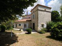 Maison à vendre à BARBEZIEUX ST HILAIRE en Charente - photo 8