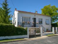 French property for sale in Saint Julien de l Escap, Charente Maritime - €154,780 - photo 1