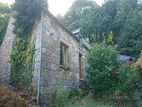 French property for sale in LANGOELAN, Morbihan - €319,930 - photo 2