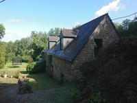 French property for sale in LANGOELAN, Morbihan - €319,930 - photo 3