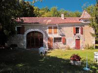 Maison à vendre à RIBERAC en Dordogne - photo 1