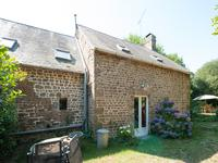 French property for sale in , Mayenne - €172,800 - photo 3