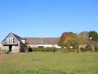French property for sale in ERBRAY, Loire Atlantique - €299,600 - photo 1