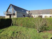 French property for sale in ERBRAY, Loire Atlantique - €299,600 - photo 2