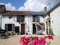 French property, houses and homes for sale inLEIGNES SUR FONTAINEVienne Poitou_Charentes